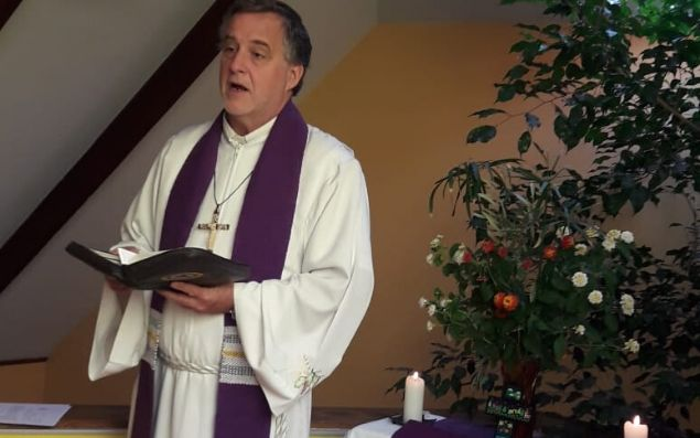 Domingo de Ramos en la Iglesia Luterana Divina Providencia, pastor James Tino - abril 2020